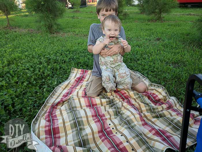 sew picnic blanket  of