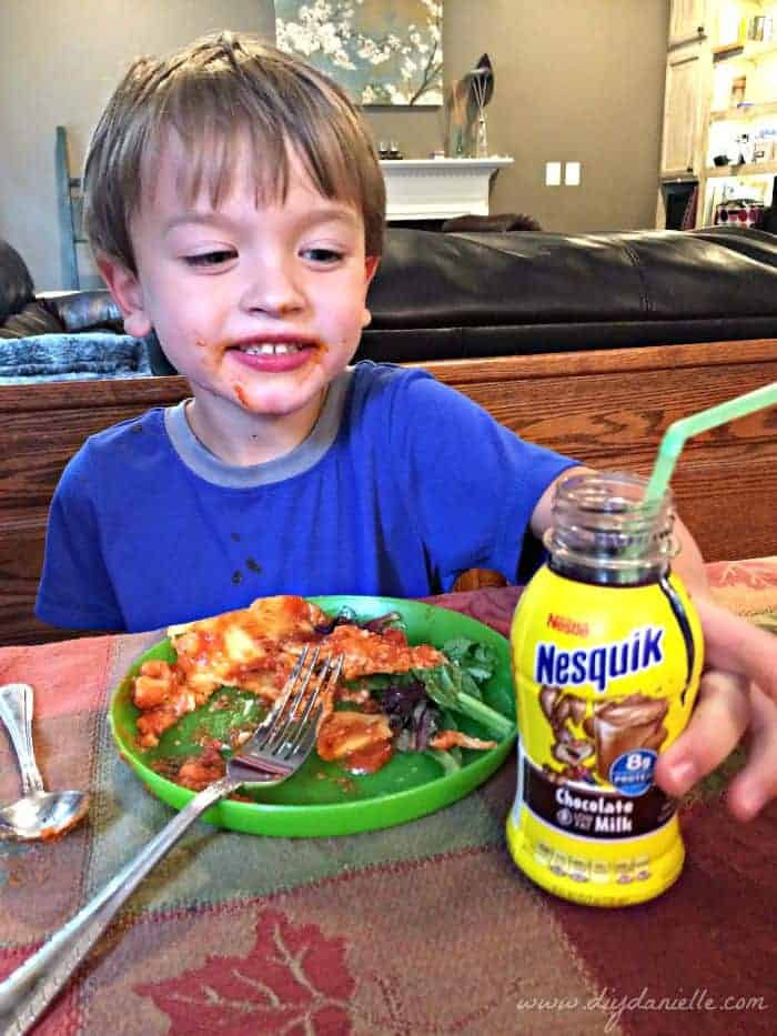 Tip for Keeping Halloween Simple and Easy: Pick up STOUFFER'S® Family Size Entrées and NESQUIK® Ready to Drink Chocolate milk for a quick dinner. #ad #Treats4All #CollectiveBias