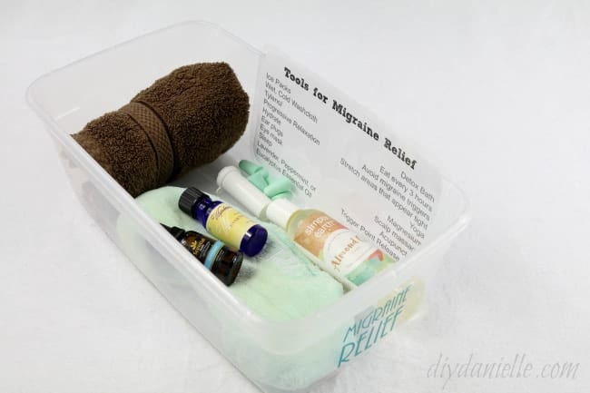 How to Organize a Migraine Relief Kit: Treating Migraines Without Medication