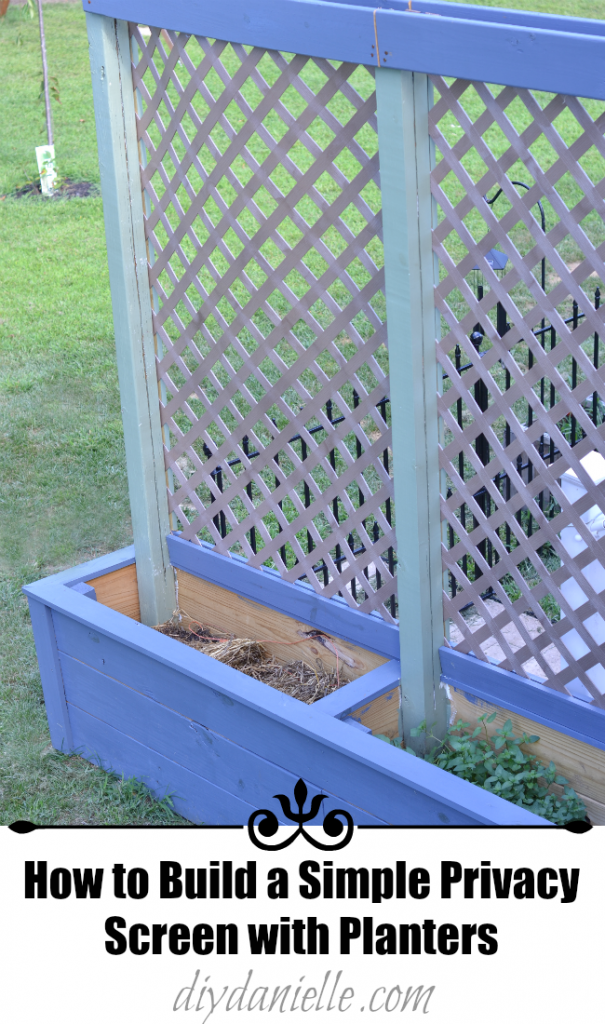How to build simple privacy planters with lattice diy for Trellis planter garden screen