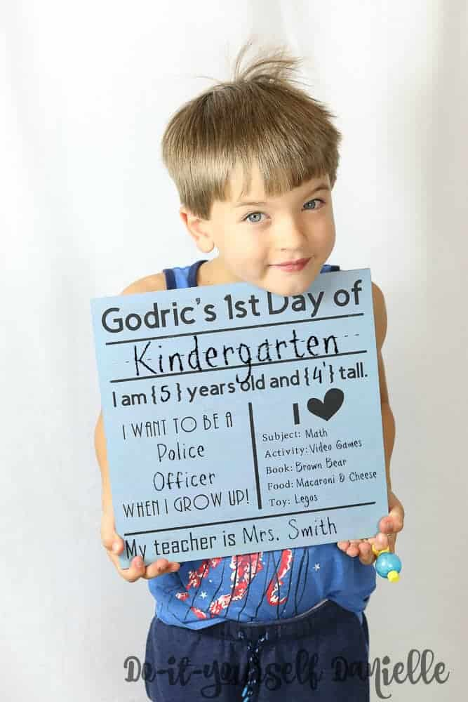 DIY Back to School Sign: Reversible for the Last Day of School too!