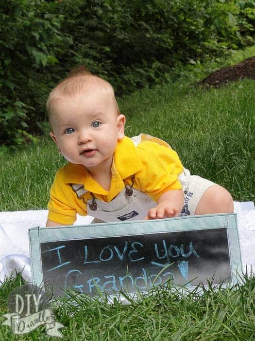 """""""I love you Grandpa"""" photo: DIY banner and DIY baby photos to give to Grandpa for a Father's Day gift."""