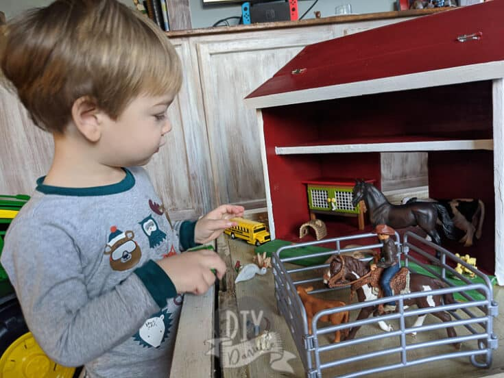DIY Toy Barn from Wood Scrap: Get the FREE Plans