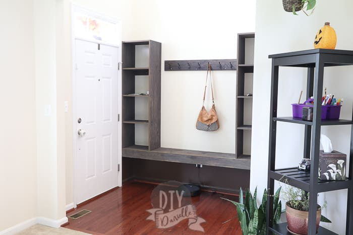 Small foyer entryway storage bench that we built.